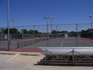 high school 3 300x225 Funds for tennis courts approved by City